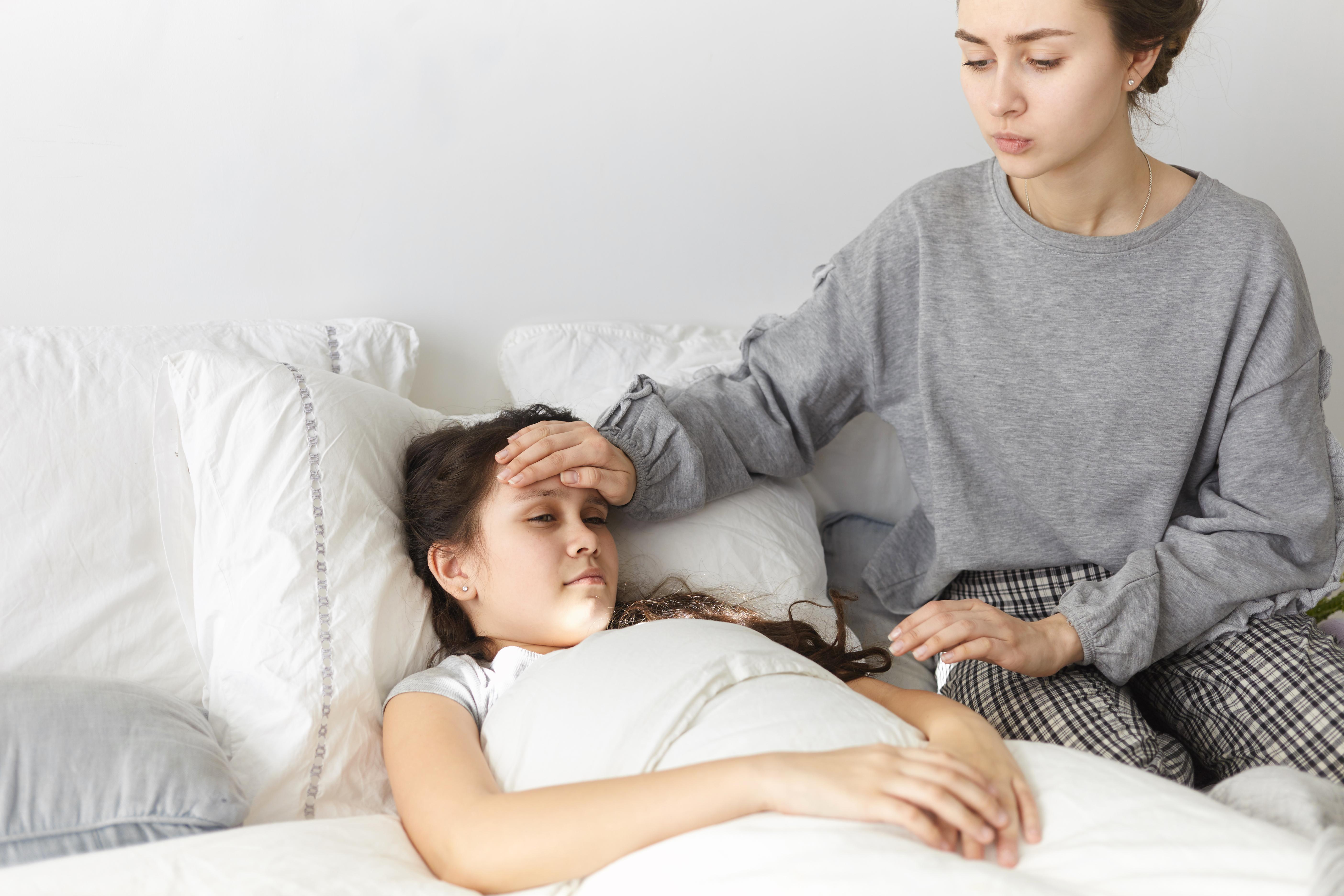 a child having a fever febrile seizure